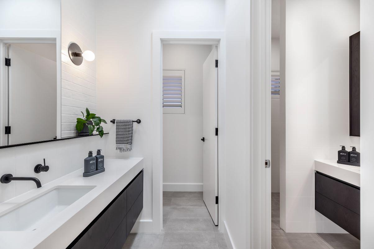 Rosslyn Park - Bathroom